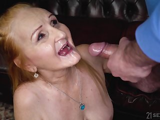 Mature granny with saggy tits Marianne swallows a cumshot