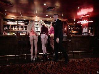 Hot Carly Rae adores doggy climate check into a blowjob in flan bar
