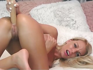 Slim Blond Hair Sprog Infant Assfucking Masturbating - webcam