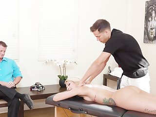 Stunning blond milf Carmen Caliente is fucked wits masseur go forward husband
