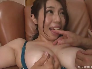 Chubby Japanese Minatsuki Chihiro pleasured by two lucky guys