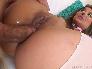 Asian feels entire cock gaping her ass