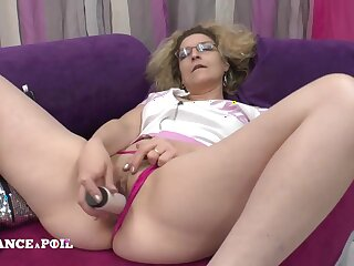 Mother dam dildo playing before possessions fucked