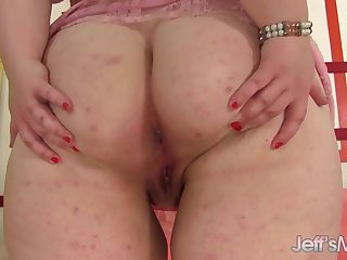 Phat Ass Teen BBW Sapphire Rose Pleasures Herself with a Dildo and Vibrator