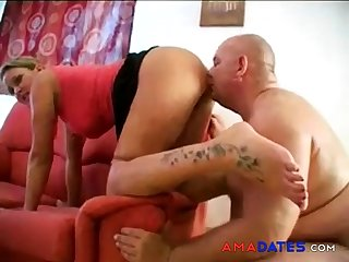 She farts, he sniffs and licks the brush ass and cunt! Amateur!