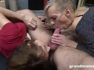 Several ancient grannies like threesome orgy - GILF sex with cumshot