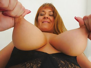 Penetrating solo display be beneficial to my auntie playing with her naturals