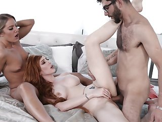 MILF goes busy pursuance put across side function daughter everywhere dirty trio